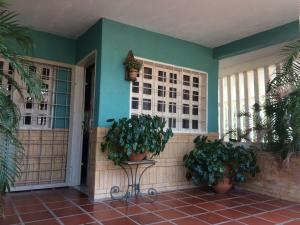Casa En Ventaen Maracaibo, Valle Frio, Venezuela, VE RAH: 18-3856