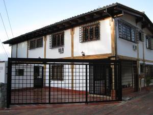 Casa En Ventaen Caracas, Los Naranjos Del Cafetal, Venezuela, VE RAH: 18-3861