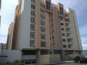 Apartamento En Ventaen Maracay, Los Chaguaramos, Venezuela, VE RAH: 18-3895
