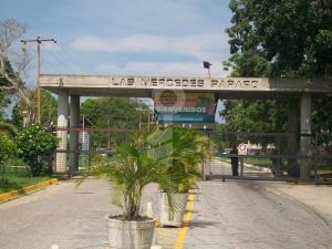 Apartamento En Ventaen Rio Chico, Las Mercedes De Paparo, Venezuela, VE RAH: 18-4340