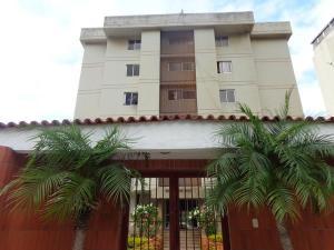 Apartamento En Ventaen Parroquia Caraballeda, Caribe, Venezuela, VE RAH: 18-3926
