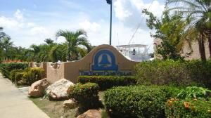 Apartamento En Ventaen Lecheria, Av Diego Bautista Urbaneja, Venezuela, VE RAH: 18-3929