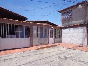 Casa En Ventaen La Victoria, La Mora Ii, Venezuela, VE RAH: 18-3944