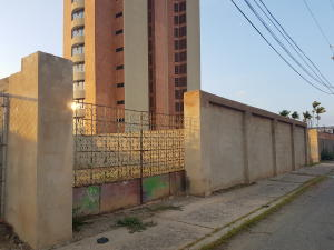 Terreno En Ventaen Cabimas, Ambrosio, Venezuela, VE RAH: 18-3985
