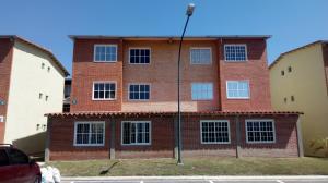Apartamento En Ventaen Guatire, Alto Grande, Venezuela, VE RAH: 18-3983