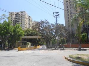 Apartamento En Ventaen Guarenas, Las Islas, Venezuela, VE RAH: 18-4060