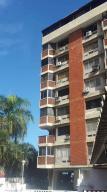 Apartamento En Ventaen Parroquia Caraballeda, Palmar Este, Venezuela, VE RAH: 18-4086