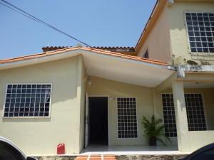 Casa En Ventaen Cabudare, Prados Del Golf, Venezuela, VE RAH: 18-4066