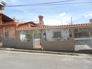 Casa En Ventaen Guatire, La Rosa, Venezuela, VE RAH: 18-4062