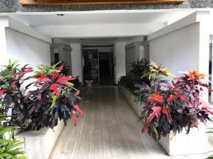 Apartamento En Ventaen Caracas, Cumbres De Curumo, Venezuela, VE RAH: 18-4075