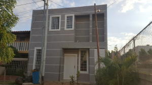 Casa En Ventaen Cabimas, Buena Vista, Venezuela, VE RAH: 18-4093