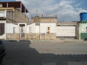 Casa En Ventaen Municipio Linares Alcantara, La Morita Ii, Venezuela, VE RAH: 18-4110