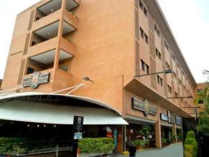 Apartamento En Alquileren Caracas, La Boyera, Venezuela, VE RAH: 18-4144