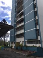 Apartamento En Ventaen San Antonio De Los Altos, Los Salias, Venezuela, VE RAH: 18-4186