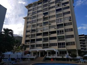 Apartamento En Ventaen Parroquia Caraballeda, Tanaguarena, Venezuela, VE RAH: 18-4135
