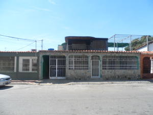 Casa En Ventaen Palo Negro, Conjunto Residencial Palo Negro, Venezuela, VE RAH: 18-4150