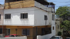 Casa En Ventaen Caracas, Los Rosales, Venezuela, VE RAH: 18-4197