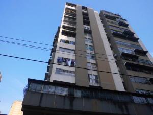 Apartamento En Ventaen Caracas, Parroquia Santa Rosalia, Venezuela, VE RAH: 18-4390