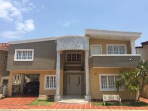 Casa En Ventaen Ciudad Ojeda, Calle Piar, Venezuela, VE RAH: 18-4141