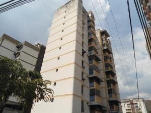 Apartamento En Ventaen Maracay, Los Caobos, Venezuela, VE RAH: 18-4214