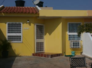 Townhouse En Ventaen Maracaibo, Santa Fe, Venezuela, VE RAH: 18-4219