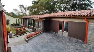 Casa En Ventaen Caracas, Loma Larga, Venezuela, VE RAH: 18-4255