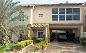Casa En Alquileren El Tigre, Sector Avenida Jesus Subero, Venezuela, VE RAH: 18-4620