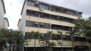 Apartamento En Ventaen Guarenas, Ciudad Casarapa, Venezuela, VE RAH: 18-4276