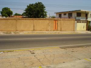 Terreno En Ventaen Maracaibo, Santa Maria, Venezuela, VE RAH: 18-4286
