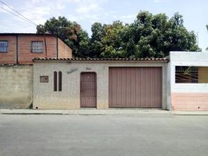 Casa En Ventaen Barquisimeto, Parroquia Juan De Villegas, Venezuela, VE RAH: 18-4326