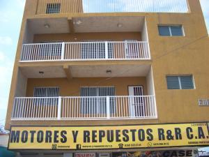 Apartamento En Ventaen Punto Fijo, Centro, Venezuela, VE RAH: 18-4344