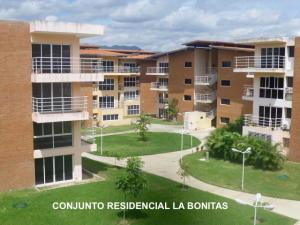 Apartamento En Ventaen Guatire, Las Bonitas, Venezuela, VE RAH: 18-4360
