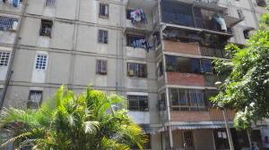 Apartamento En Ventaen Caracas, Caricuao, Venezuela, VE RAH: 18-4375