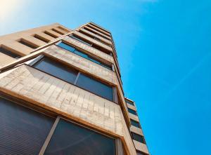 Apartamento En Ventaen Catia La Mar, Playa Grande, Venezuela, VE RAH: 18-4790