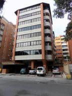 Apartamento En Ventaen Caracas, Campo Alegre, Venezuela, VE RAH: 18-4409