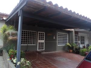 Casa En Ventaen Cabudare, Parroquia José Gregorio, Venezuela, VE RAH: 18-5977