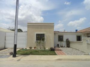 Casa En Ventaen Cabudare, Parroquia José Gregorio, Venezuela, VE RAH: 18-4602