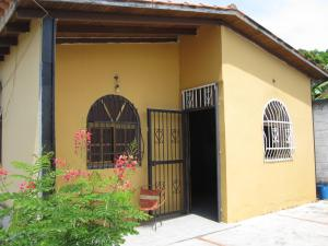 Casa En Ventaen Municipio Linares Alcantara, La Morita Ii, Venezuela, VE RAH: 18-4437
