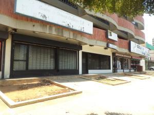 Local Comercial En Alquileren Maracaibo, Plaza Republica, Venezuela, VE RAH: 18-4452