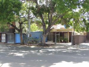 Casa En Alquileren Maracaibo, Calle 72, Venezuela, VE RAH: 18-4457