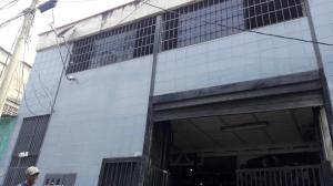 Local Comercial En Alquileren Caracas, Sarria, Venezuela, VE RAH: 18-4481