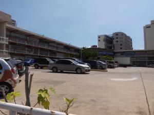 Local Comercial En Alquileren Maracaibo, Avenida Bella Vista, Venezuela, VE RAH: 18-4550