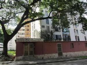 Apartamento En Ventaen Valencia, Sabana Larga, Venezuela, VE RAH: 18-4558