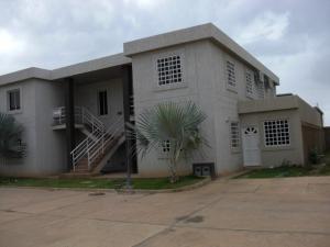 Apartamento En Ventaen Coro, Centro, Venezuela, VE RAH: 18-4641