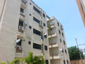 Apartamento En Ventaen Municipio Los Guayos, Paraparal, Venezuela, VE RAH: 18-4664