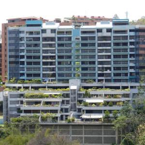 Apartamento En Ventaen Caracas, Las Esmeraldas, Venezuela, VE RAH: 18-4654