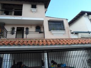 Casa En Ventaen Caracas, Los Naranjos Del Cafetal, Venezuela, VE RAH: 18-4662