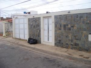 Casa En Ventaen Punto Fijo, Pedro Manuel Arcaya, Venezuela, VE RAH: 18-4698