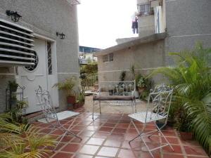 Apartamento En Ventaen Maracaibo, Valle Claro, Venezuela, VE RAH: 18-4693
