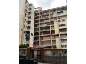 Apartamento En Ventaen Caracas, Caricuao, Venezuela, VE RAH: 18-4696